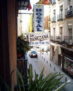 Hostal La Banezana Photo 2