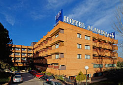 Tryp Alameda Airport Hotel Photo 1