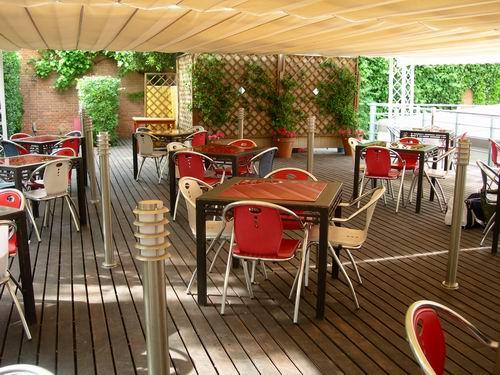 La pergola restaurant madrid for The terrace restaurant