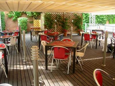 Restaurante la pergola terraza restaurante gourmet en madrid for Restaurantes con terraza madrid
