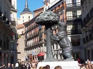 Madrid's Oso & Madroño statue