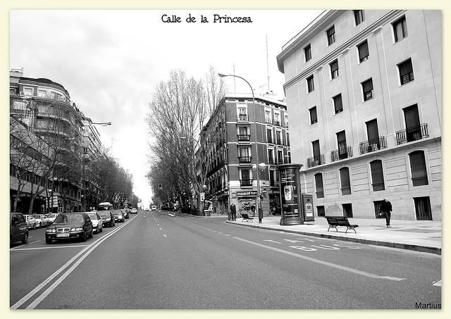 Calle de la princesa street in madrid spain for Hoteles en la calle prado de madrid